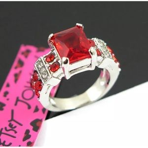 Beautiful Betsey Johnson red on silver ring